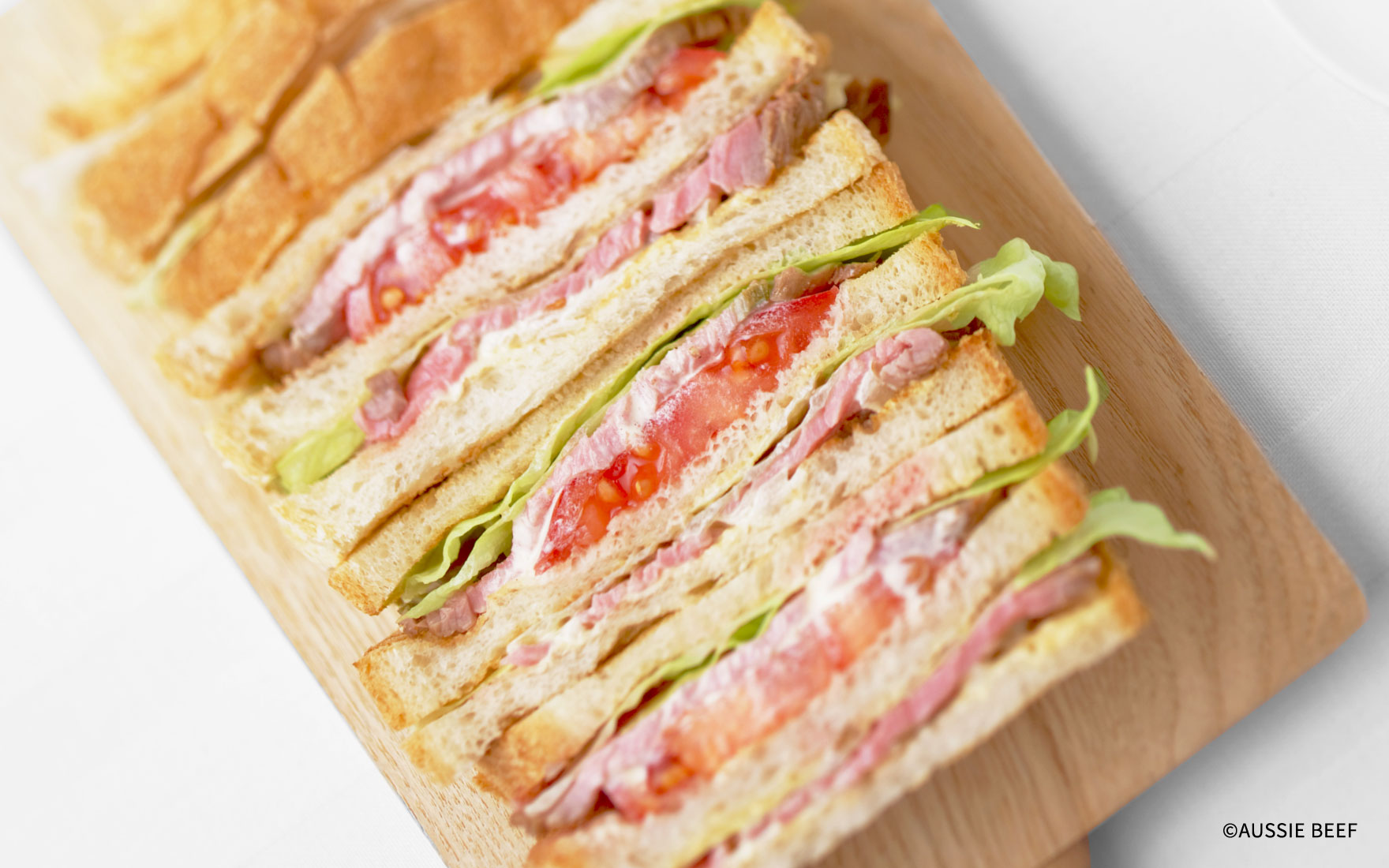 BLT風サンドイッチ